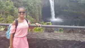 Akaka Falls Excursion with Client