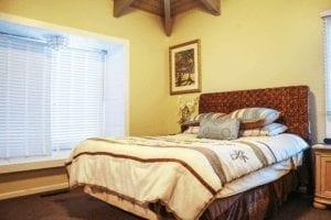 Residence bedroom Hawaii Island Recovery